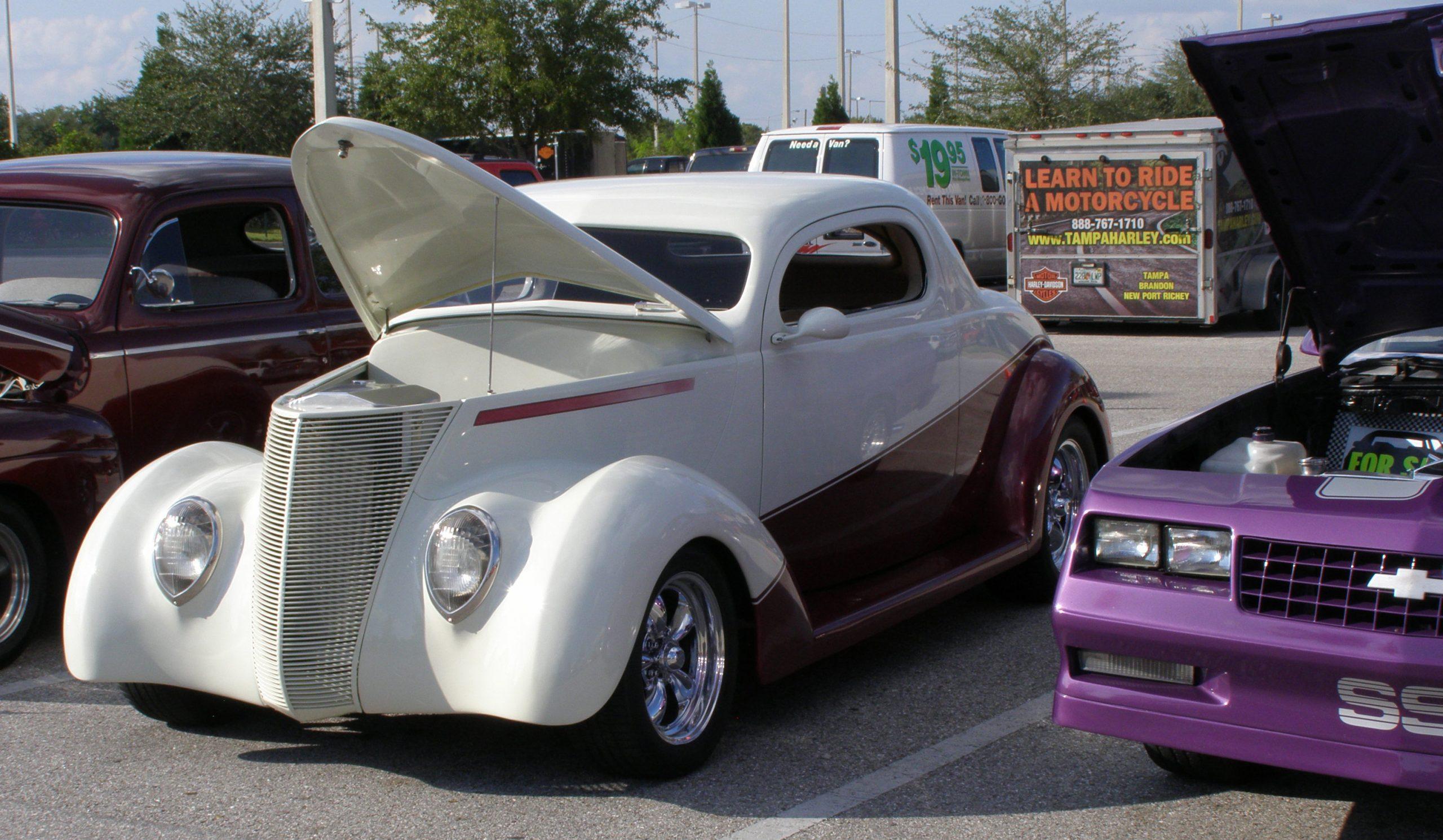 BEEF 'O' BRADY'S BENEFIT CAR & TRUCK SHOW
